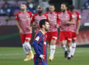 Barcelona perde para o Granada e deixa de assumir liderança