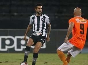 Novo jogo, velho problema: Botafogo volta a apresentar dificuldade na conclusão de jogadas criadas