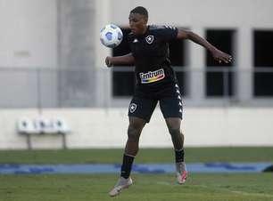 Botafogo goleia o time sub-17 em jogo-treino no Nilton Santos