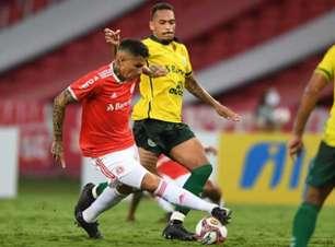 Guerrero é convocado pela seleção peruana e desfalca o Inter