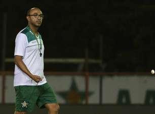Felipe Surian, técnico da Portuguesa, fala da expectativa para segunda partida da semifinal do Carioca