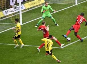 Com emoção até o fim, Dortmund derrota o RB Leipzig; resultado garante título alemão ao Bayern