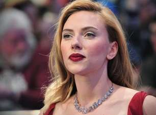 Globo do Ouro: Scarlett Johansson reclama de organizadores