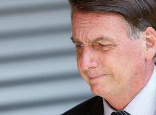 """Bolsonaro diz que problema hidrológico vai dar """"dor de cabeça"""" na geração de eletricidade"""
