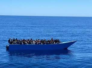 Mais de 2 mil migrantes chegam à ilha de Lampedusa em 24h