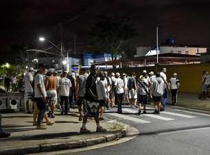 Ônibus do Santos é apedrejado após permanência na Série A-1