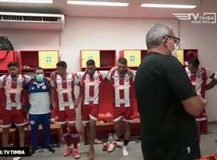 """NÁUTICO: Bastidores da vitória sobre o Santa Cruz mostram discurso de Hélio dos Anjos após a partida: """"somos fortes!"""""""