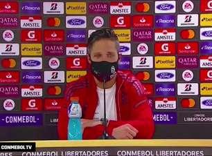 """FLAMENGO: Diego ressalta poder de reação do time, mas alerta para gols do adversário: """"ideal é não sofrer"""""""