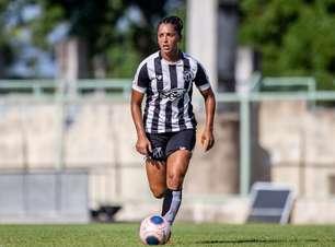 Zagueira do Ceará comemora 20 anos no futebol feminino e relata trajetória
