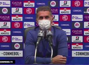 """CORINTHIANS: Mancini cita 'ponto fora da curva', dá méritos para o Peñarol e destaca: """"classifico hoje como acidente de percurso"""""""