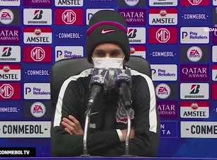 """CORINTHIANS: Matheus Vital fala que time entrou desligado diante do Peñarol e reitera após goleada: """"a culpa é de todos"""""""