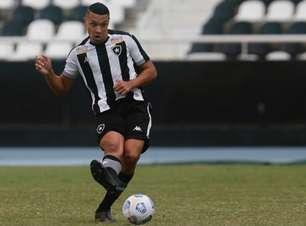 Ewerton valoriza experiência com o profissional do Botafogo próximo das quartas da Copa do Brasil Sub-20