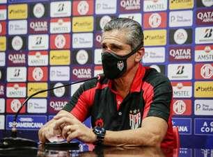 Jorginho pede demissão e não é mais técnico do Atlético-GO