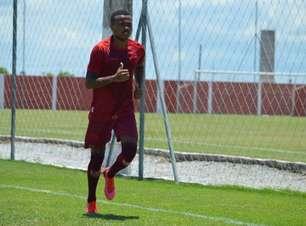 Atacante do CRB sobre duelo contra o Palmeiras: 'É uma oportunidade'
