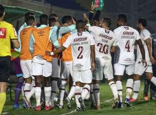 VÍDEO: Com golaço de Nene, Fluminense perde, mas avança; veja os gols na Copa do Brasil