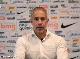 CORINTHIANS: Sylvinho elogia partida de Cantillo e cita entrosamento dos jogadores do meio após empate contra o Palmeiras