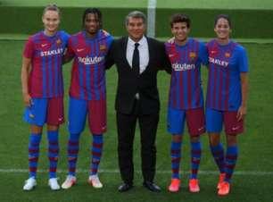 Barcelona divulga novo uniforme para a temporada 2021/2022; veja o vídeo