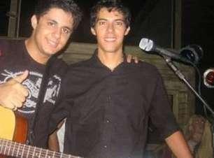 Polícia encontra moto do cantor Luizmar Damasceno, desaparecido desde a última sexta-feira