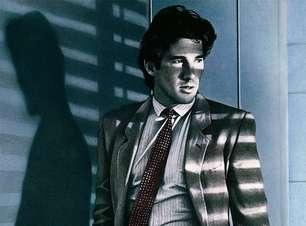 """Gigolô Americano: Filme de 1980 vai virar série com ator de """"Justiceiro"""""""