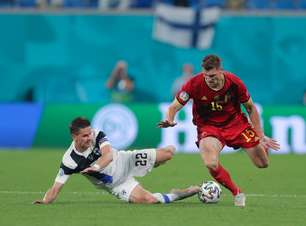 Bélgica decide no segundo tempo e derrota Finlândia
