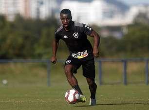 Recuperado de lesão, Kayque volta a treinar com o time do Botafogo