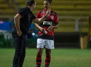 'O sistema defensivo do Flamengo é falho', dispara Renato Maurício Prado