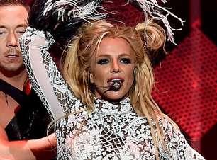 Britney Spears foi obrigada a fazer show com febre de 40ºC
