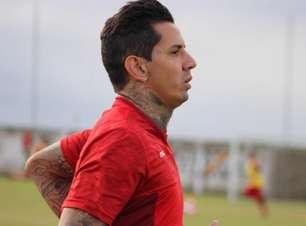 Após assinar com o CRB, Victor Ramos fala sobre retorno ao clube