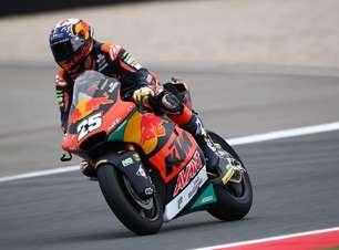 Raúl Fernández supera inicio ruim e vence GP da Holanda de Moto2. Gardner é segundo