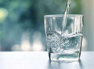 9 simpatias com água para o amor, trabalho e bem-estar