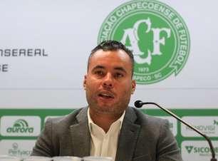 Jair Ventura ainda não venceu no comando da Chapecoense