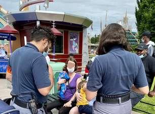 Parque da Disney impede mãe de amamentar filho em público e pede desculpas