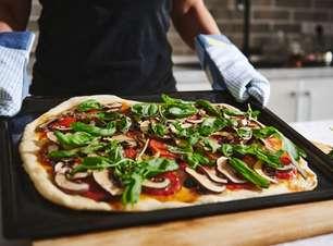 5 receitas diferentes de pizza para você testar!
