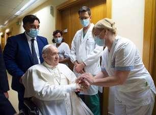 Internado, papa Francisco parabeniza Argentina e Itália