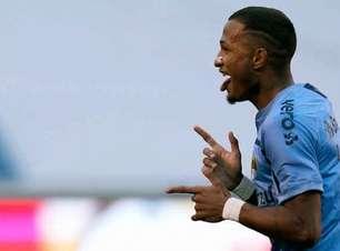 Léo Pereira festeja gol que tirou a seca de vitórias do Grêmio