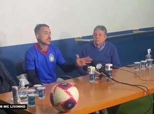 """SÃO CAETANO: MC Livinho se vê como jogador mais ofensivo e faz pedido a comissão técnica: """"Quero que eles me descubram onde posso render melhor"""""""