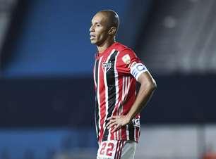 Miranda volta ao time e ajuda a manter trio defensivo do São Paulo invicto
