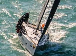 Barco de Ilhabela conquista título da Regata de Alcatrazes na Semana de Vela