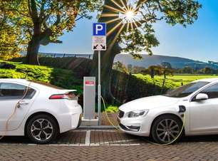 Emplacamento de carros elétricos bate recorde em 2021, aponta ABVE