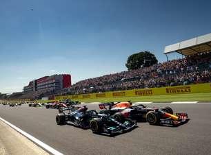 Após pedido de revisão, FIA analisará colisão entre Hamilton e Verstappen na F1