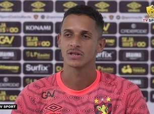 """SPORT: Luciano Juba se diz 'mais maduro' após passagem pelo Confiança-SE e garante: """"Estou motivado pra representar essa camisa"""""""