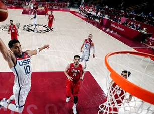 Estados Unidos reagem no basquete e vencem Irã por 120 a 66