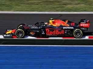 """Hughes: """"Red Bull foi mais conservadora do que a Mercedes F1 nos treinos livres"""""""