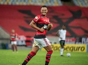 Perto de deixar o Flamengo, Rodrigo Muniz testa positivo para a Covid-19
