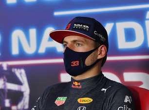 """Verstappen frustrado: """"Atingido de novo por uma Mercedes F1"""""""