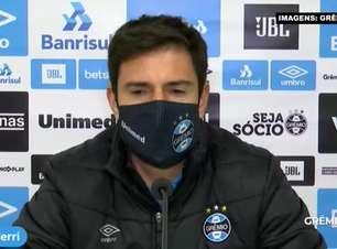 """GRÊMIO: Diego Cerri afirma que equipe está no mercado e garante negociação com atacante, mas evita citar nome: """"Vamos trazer qualidade ao elenco"""""""