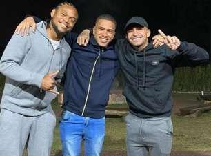 Em negociação com time dos EUA, Esteves recebe mensagens de despedida de Dudu e Lucas Lima