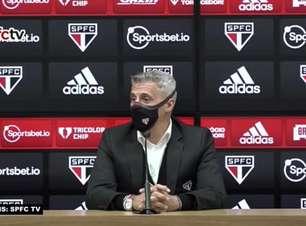 """SÃO PAULO: """"Alguma vez consegui repetir os mesmos 11?"""", retruca Crespo ao ser questionado sobre poupar jogadores para duelo contra o Vasco"""