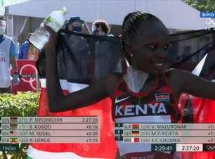 Maratona tem dobradinha de quenianas; americana leva bronze