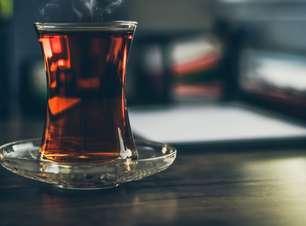 Para que serve o chá preto? Descubra 13 benefícios